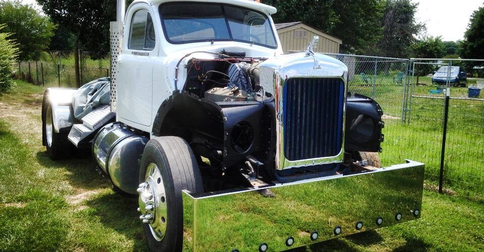 65 Mack Truck